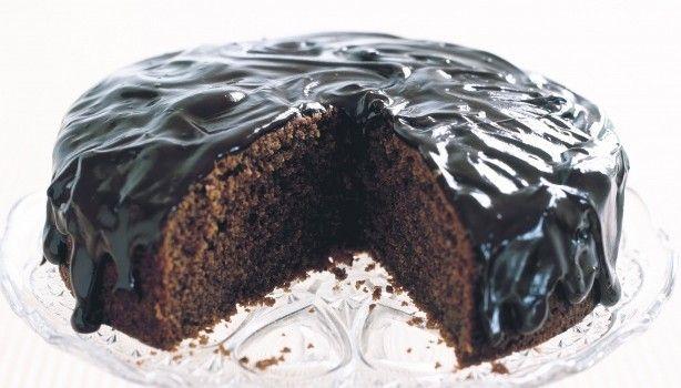 Κέικ σοκολάτας και κανέλας με σοκολατένιο γλάσο