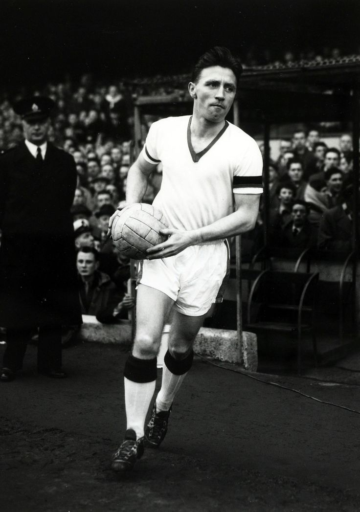 @manutd's heroic captain Roger Byrne was a stalwart at the heart of Sir Matt Busby's defence  throughout the 1950s. The Mancunian skippered the club from 1955 until his untimely death in the Munich Air Disaster three years later.