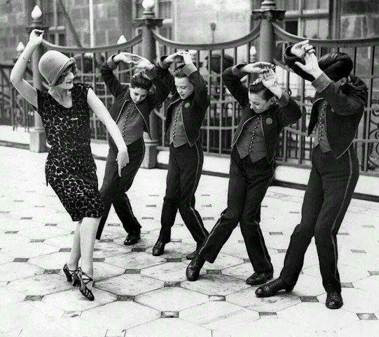 El charleston y la moda de los años 20