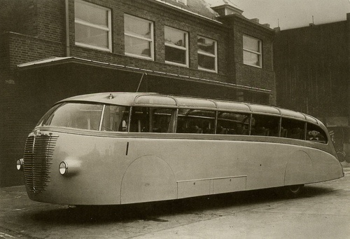 vintage futuristic streamlined bus...it looks like it's floating on air!
