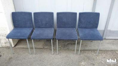 4 Sedie Blue Velluto No Name - Piccoli Mobili usatiin vendita nel mercatino dell'usato: Mercatopoli Seregno a All