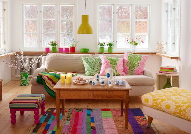 living room // colorful..