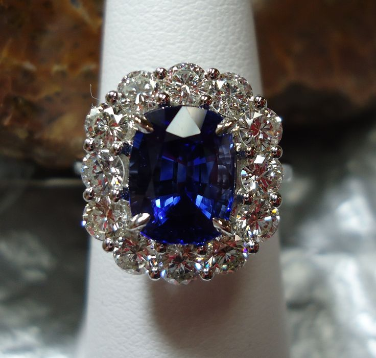 kashmir sapphire million s for ring christies sells christie at cashmere blog lot amethyst