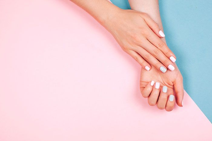 Dip Vs Gel Manicures What S The Difference Fabfitfun Remove Shellac Gel Manicure Gel Manicure At Home