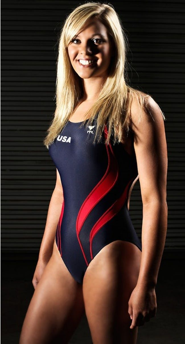 The Hottest Female Swimmers | ViraLuck