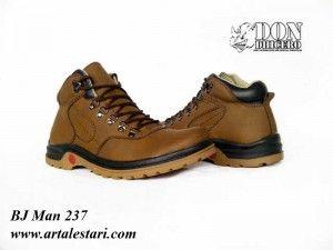 Jual Sepatu Boot Online  Kontak Kami: Holine / SMS : 081315979176 BBM : 224A1F27