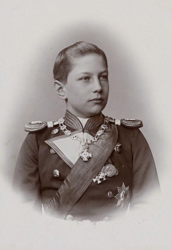 Prince Adalbert de Prusse (1884-1948) fils de l'empereur Guillaume II et d'Augusta-Victoria de Schleswig-Holstein