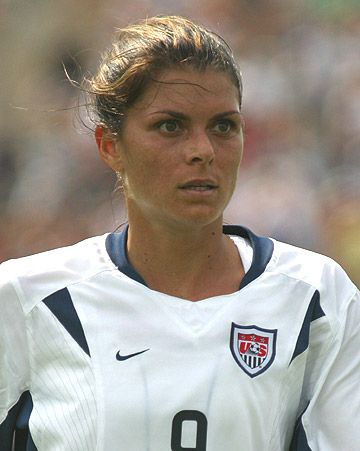 mia hamm - One of the best soccer players ever
