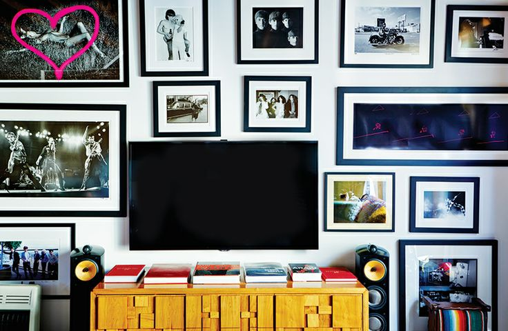 Photos framed in Brent Bolthouse's living room: Living Rooms, Photography Artworks, Tv Wall, Galleries Wall, Photos Frames, Bolthouse Living, Domain Brent Bolthouse Hid, Houses Tours, Bolthouse La