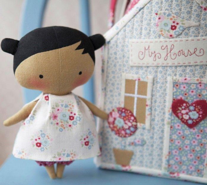 Nueva muñeca Tilda    Hoy escribo esta entrada con una ilusión tremenda ya que os vengo a enseñar la última muñeca Tilda que he hecho. Como...