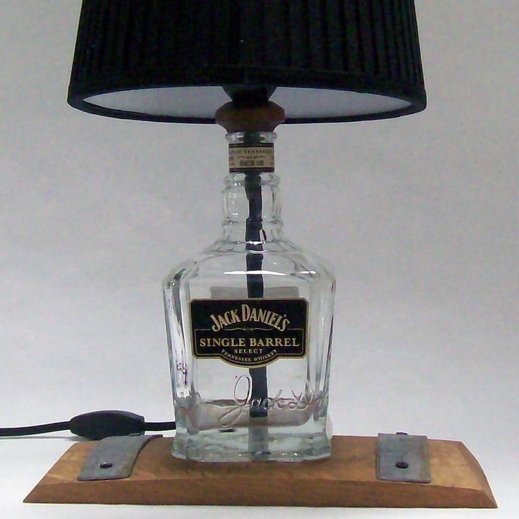 Pin by stepfanie hoiosen on so funny pinterest for Table jack daniels