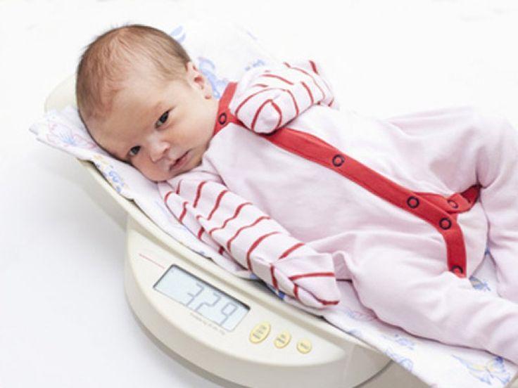 Wieviel soll mein Baby wiegen? - Mamiweb.de