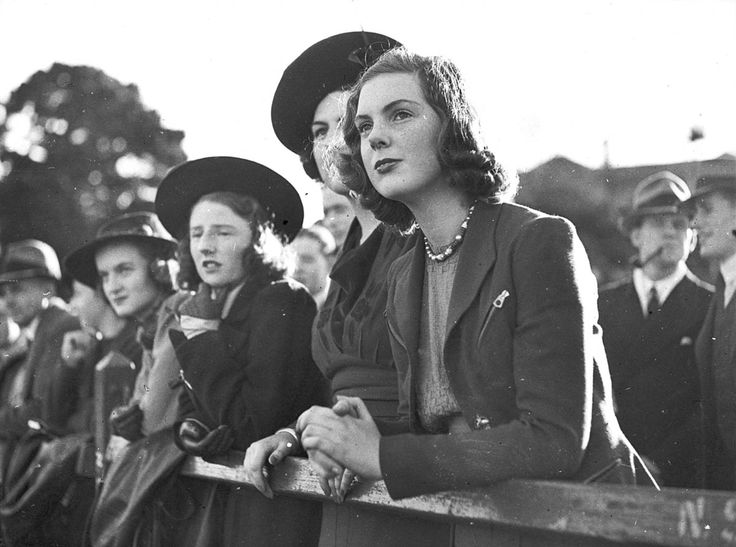 Female spectators at a GPS rugby union match at Scots College, June 1938. Sam Hood Collection, State Library of New South Wales: http://www.acmssearch.sl.nsw.gov.au/search/itemDetailPaged.cgi?itemID=23578