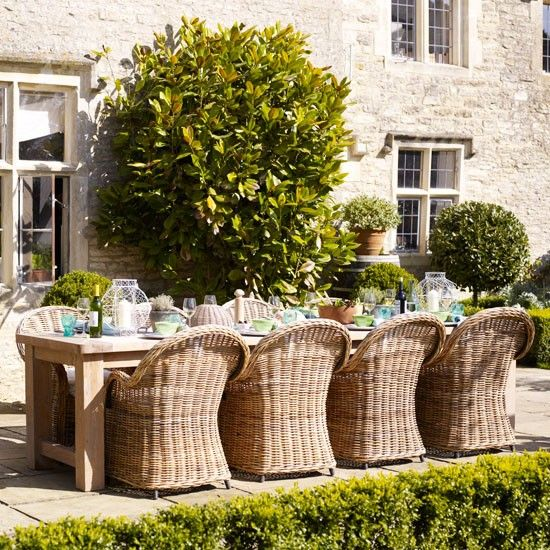 Relaxed garden dining area | Alfresco dining | Wicker furniture | housetohome.co.uk