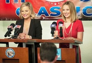 Exclusive #ParksandRec First Look: Kristen Bell Gets Slammed by Leslie Knope