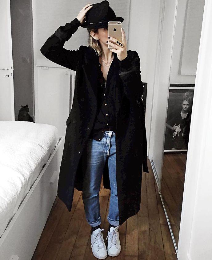 Long manteau + fin gilet porté à même la peau = le bon mix (photo Audrey Lombard)