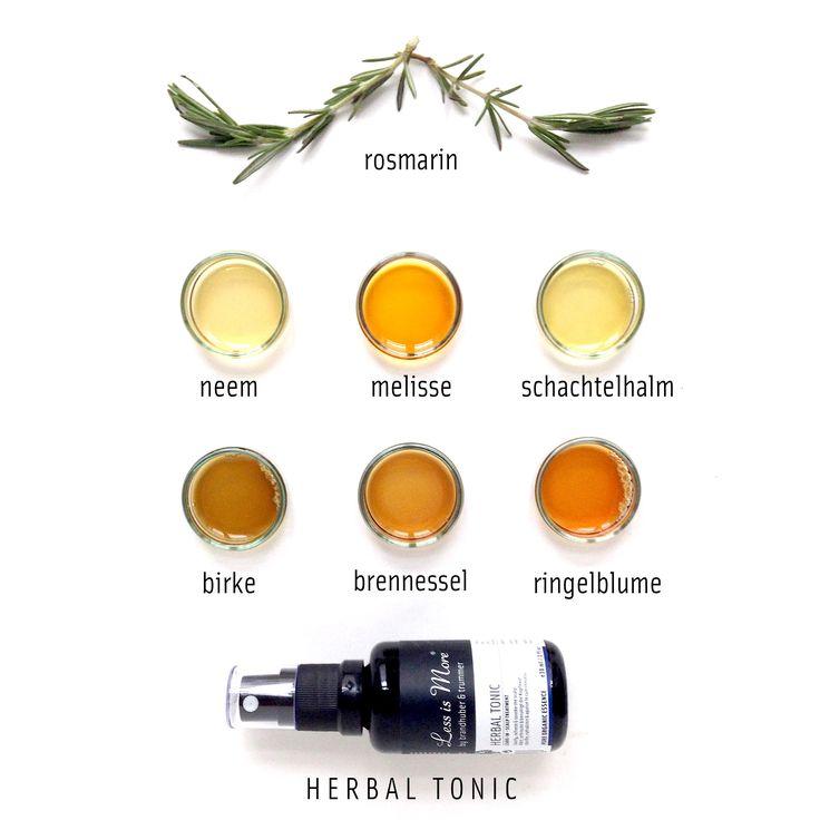 / H E R B A L T O N I C /  Wer hätte gedacht dass so viele Zutaten in diese kleine Flasche passen? Und die Liste ist noch gar nicht komplett: Lavendelwasser, Immortellenwasser und Zaubernussextrakt vervollständigen unser hochwirksames Kräuter- Tonikum. Gerade in dieser Jahreszeit hilft Herbal Tonic, die Kopfhaut im Gleichgewicht zu halten, zu beruhigen und zu erfrischen.
