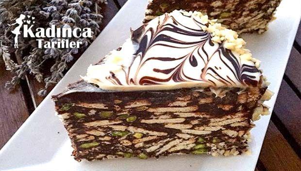 Antep Fıstıklı Mozaik Pasta Tarifi nasıl yapılır? Antep Fıstıklı Mozaik Pasta Tarifi'nin malzemeleri, resimli anlatımı ve yapılışı için tıklayın. Yazar: Nurtence Lezzetler