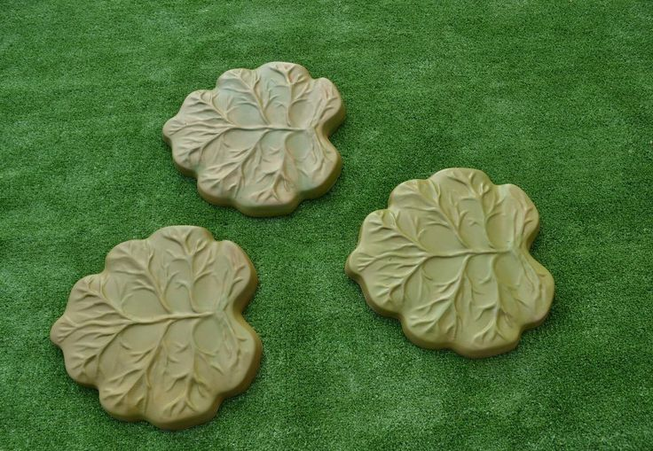 Find More Garden Ornaments Information about Reusable Garden Path Road Walk DIY Stone Maker Leafs Stepping Stone Mold Concrete Mould Cement Molds Yard Decoration,High Quality mould silicon,China decorative wall moulding Suppliers, Cheap decor frame moulding from BEE your fashion & home decoration store BEE on Aliexpress.com