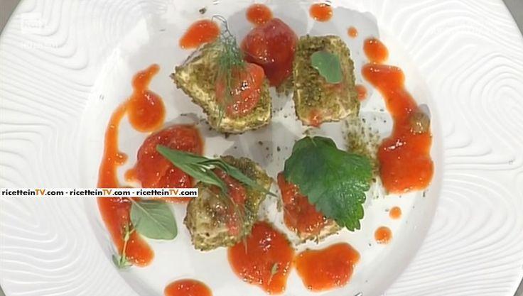 """La ricetta dello spada alla pizzaiola di Gianfranco Pascucci del 12 maggio 2017, a """"La prova del cuoco""""."""