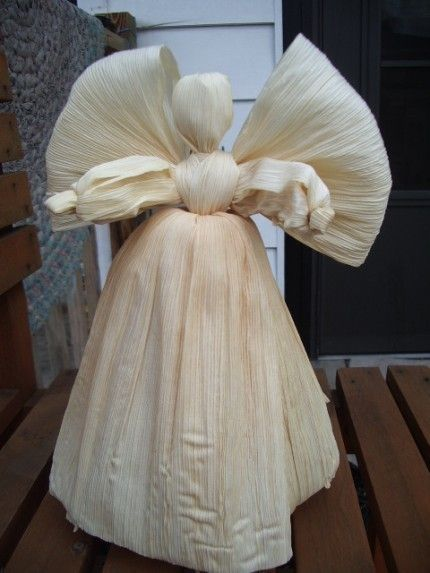 Corn Husk Angel Tree Topper Decoration. $28.00, via Etsy. Would be cute with dried corn silk hair.