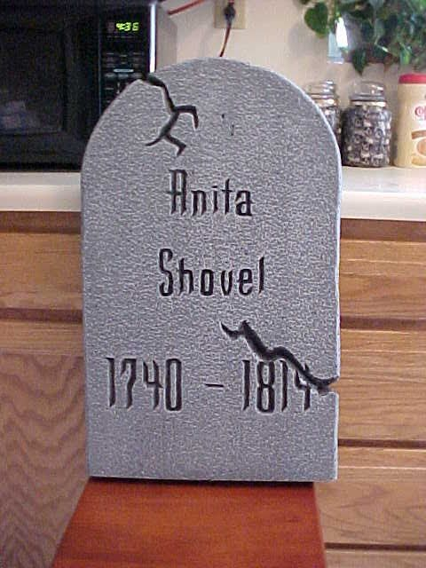 clever tombstone name - Funny Halloween Tombstones
