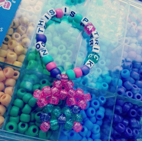 Oh my GOSH I have to make this! So awesome lol #kandi