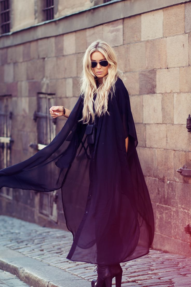 obsessed with this, but mostly just her hair.. #style / #fashion