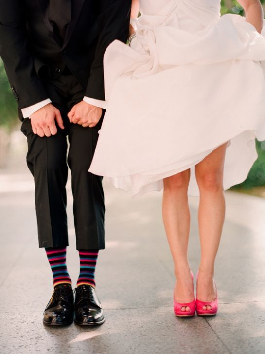 10 Fantastic Neon Accents for Your Wedding! (Buh-Bye, Boring Wedding Colors! Hello, BOLD!)