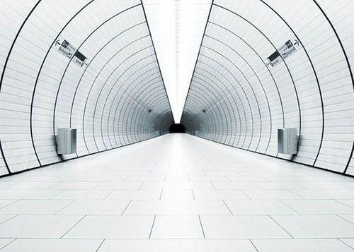 Tunnel of white light find by Otaku Gangsta #tunnel #white #minimal