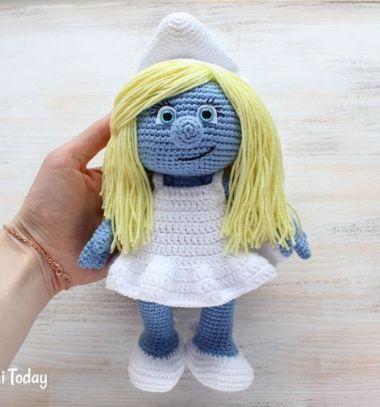 Crochet (amigurumi) Smurfette doll - free crochet pattern // Horgolt (amigurumi) Törpilla baba - ingyenes horgolásminta) // Mindy - craft tutorial collection // #crafts #DIY #craftTutorial #tutorial #DIYToys #ToyMaking #HandmadeToy