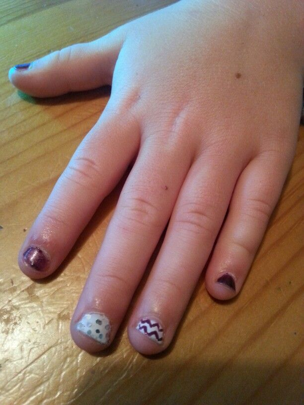 Peytons nails by @nicole6760