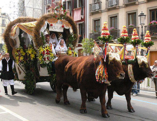 Pula- costumi tradizionali della sardegna