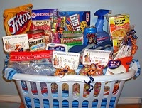 College survival basketGift Baskets, Colleges Survival, Survival Kits, Gift Ideas, Diy Gift, Graduation Gifts, Grad Gift, Colleges Gift, College Survival