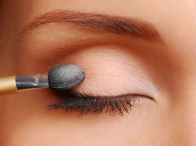 How to apply make-up in only 8 steps