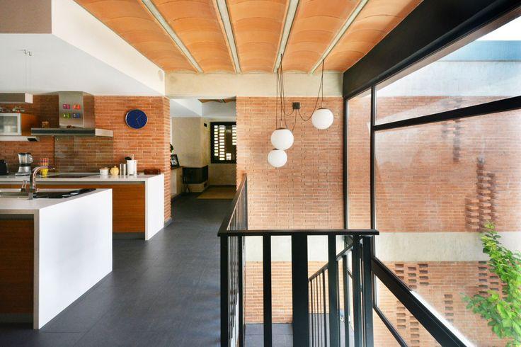 Casa unifamiliar en Alpicat (Lleida). Cocina y patio.
