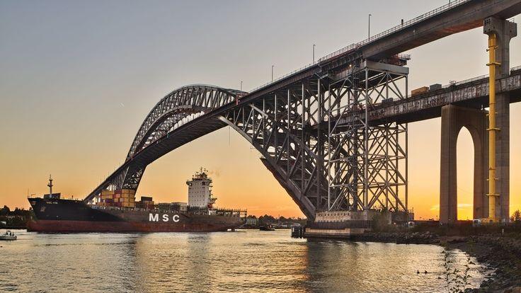 Revamping the Bayonne Bridge to make space for megaships.