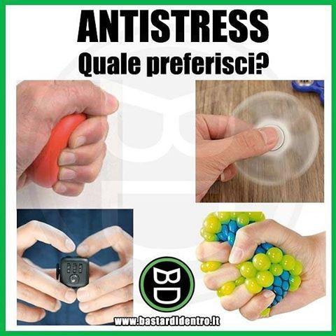 Tu quale preferisci? Tagga i tuoi amici e #condividi #bastardidentro #antistress #gioco www.bastardidentro.it