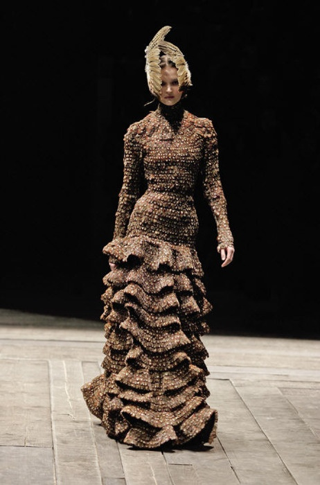 580 best sartorial images on pinterest alexander mcqueen for Mac alexander mcqueen