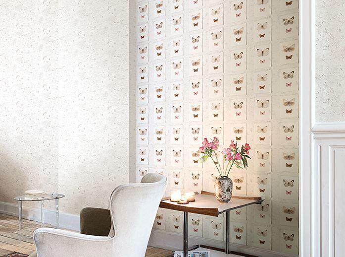 Hooked on Walls #behang uit de collectie Splendour met #vlinders € ...