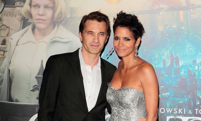 Halle Berry and Olivier Martinez Announce Celebrity Divorce.#halleberry #oliviermartinez #celebritydivorce #breakups