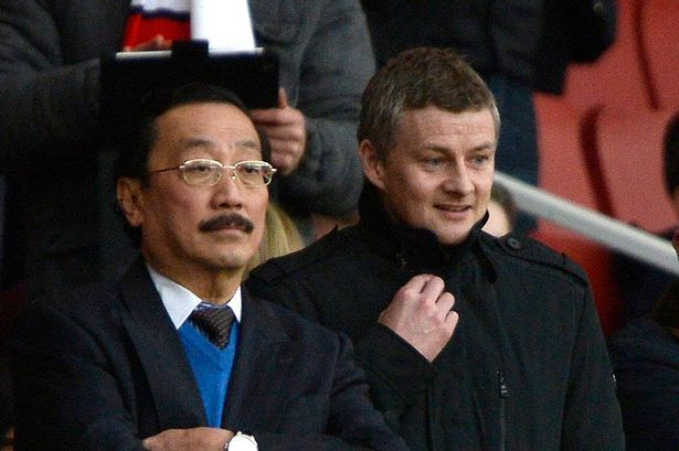 Ole Gunnar Solskjaer pictured with Vincent Tan amid rumours he's set for Cardiff job