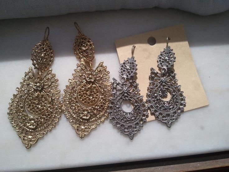 Queen earrings from Portugal (Viana do Castelo)