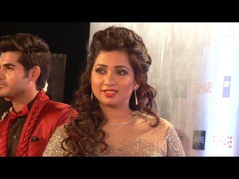 Shreya Ghoshal looks STUNNING at Filmfare Awards 2016.