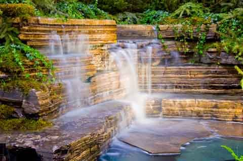 15 best images about waterfalls on pinterest for Garden waterfalls do it yourself