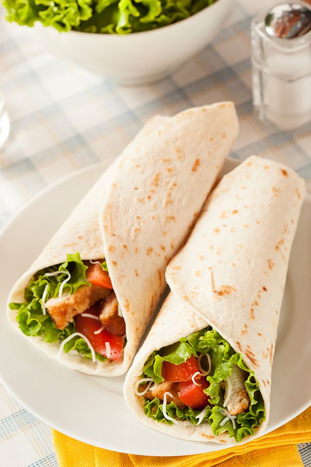 You would be surprised how many low fat lunch recipe options there are if you are looking to lower your cholesterol. This article will show you some easy - and tasty - ways to prepare your next lunch.