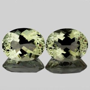 Batu Kecubung Couple - Natural Green Amethyst 13.13 carat