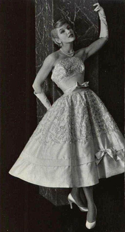 Pierre Balmain, 1955