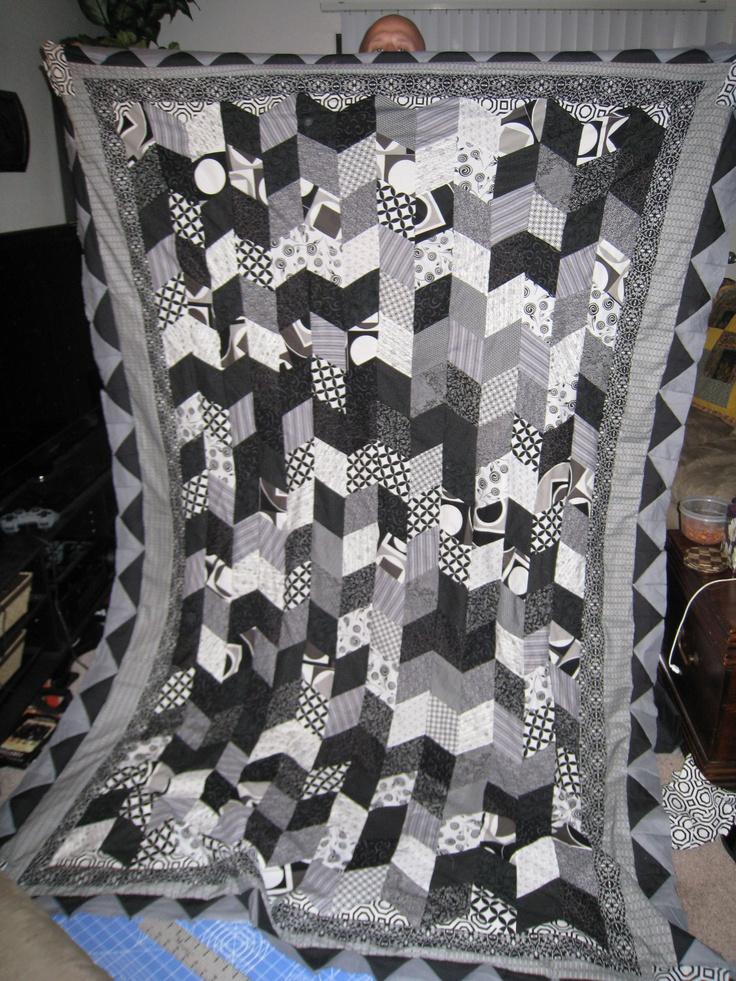 17 best images about quilt en tonos grises on pinterest for Black white and gray quilt patterns
