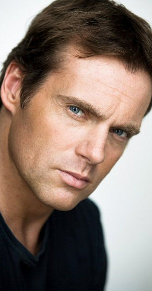 Michael Shanks, Actor: Stargate SG-1. Michael Shanks was born on December 15, 1970 in Vancouver, British Columbia, Canada as Michael Garrett Shanks. He is an actor and producer, known for Stargate SG-1 (1997), Elysium (2013) and Saving Hope (2012). He has been married to Lexa Doig since August 2, 2003. They have two children.